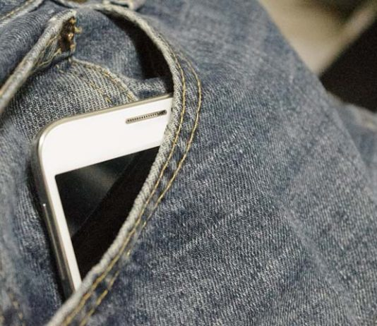 Best Way to Carry Cell Phone Inside Pocket
