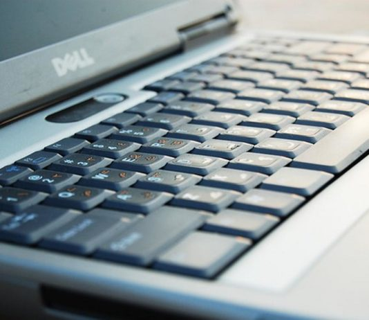 Pros and Cons of Dell Desktops and Laptops